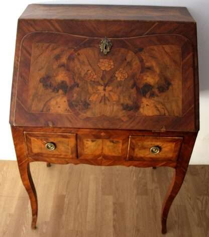 18th century desk Luigi XV